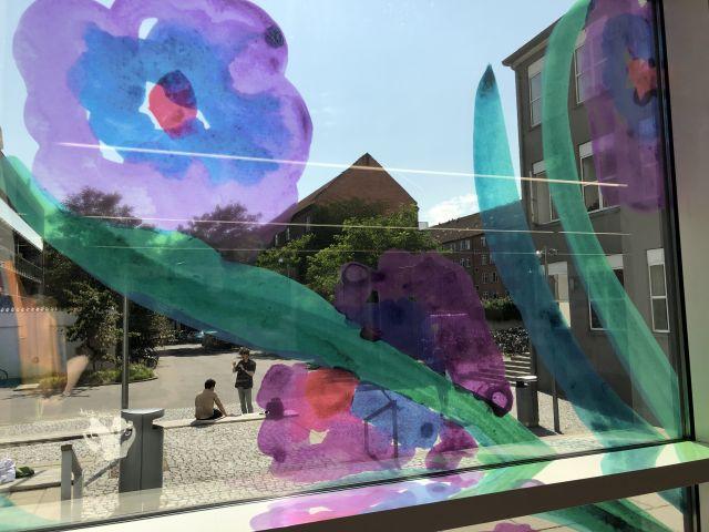 Window sticker with flowers